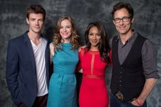 Danielle Panabaker, Grant Gustin, Candice Patton and Tom Cavanagh #theflash #cast