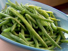 Fresh Green Beans (a.a Tom Cruise Green Beans) recipe from Trisha Yearwood. (I'll never call them Tom Cruise green beans) Top Recipes, Side Dish Recipes, Vegetable Recipes, Beans Recipes, Delicious Recipes, Recipies, Oven Roasted Green Beans, Cooking Green Beans, Sous Vide Vegetables