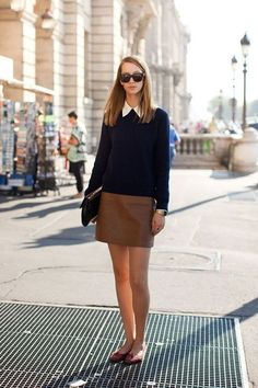via Street Style very school-girl chic. lengthen the skirt and voila work outfit is born! Preppy Mode, Preppy Style, Preppy Fall, Look Fashion, Autumn Fashion, Womens Fashion, Preppy Fashion, Fashion Spring, Paris Fashion