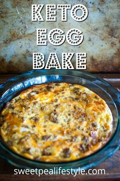 Keto Egg Bake is the classic Sausage Egg Casserole without any of the carbs! - Keto Egg Bake is the classic Sausage Egg Casserole without any of the carbs! It's the best low ca - Veggie Breakfast Casserole, Slow Cooker Breakfast, Keto Diet Breakfast, Sausage And Egg, Breakfast Casserole Sausage, Breakfast Recipes, Breakfast Ideas, Breakfast Gravy, Breakfast Hash