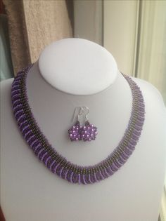 Purple ladder and loop necklace