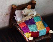 Sweet Dreams Little Mice You want 2 mouse in bed? just choose the option when yo… – Handwerk und Basteln Needle Felted Animals, Felt Animals, Needle Felting, Needle Felted Ornaments, Felt Ornaments, Felt Crafts, Fabric Crafts, Maus Illustration, Mini Bebidas