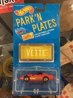 Hot Wheels Park N Plates Vette