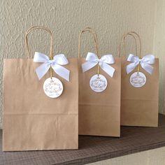 Resultado de imagem para sacola de papel personalizada para casamento