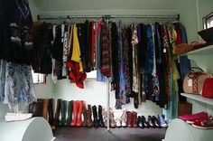 ♥ Greetz from Tiz ♥: The Mobile Vintage Clothing Boutique