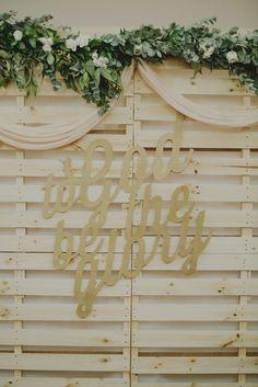 An Eco-conscious Wedding At Prinsep Street Presbyterian Church, Singapore - The Wedding Notebook magazine Fresh Flowers, Dried Flowers, Wedding Favours, Wedding Ideas, Wedding Notebook, Vintage Theme, Rustic Theme, Love Story, Backdrops
