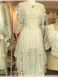 Museum Quality ANTIQUE Victorian IRISH LACE Wedding BRIDAL Gown 57 ...