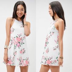 | pre-order now | sweetie pie dress Sleeveless high neck floral print A-line dress, fully lined.  90% Polyester 7% Linen 3% Spandex Dresses