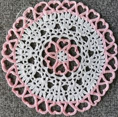 This heart-shaped crochet doily is the perfect present for your beloved one! Eco Friendly House, Crochet Doilies, Heart Shapes, Crochet Earrings, Decorations, Pink, Gifts, Etsy, Doilies Crochet