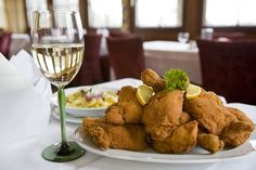 Styrian fried chicken - © Steiermark Tourismus