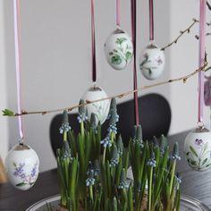 Looking forward to spring ✨ #forår #royalcopenhagen #påske #påskeæg #perlehyacinter #arnejacobsen #fritzhansen #danishdesign #danskdesign #bobedre #boligmagasinet #interiordesign #interior4all #interiormagasinet #syveren #haydesign #easter