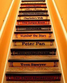Pour donner aux enfants de lire quand ils montent dans leur chambre !