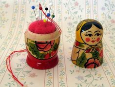 Babushka doll needle case/pin cushion by Nord on Felt. What a great idea. Would travel well, too!