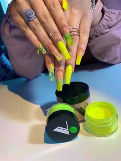 Accent nails punch up your mani in easy ways 32 00033 Aycrlic Nails, Glam Nails, Neon Nails, Hair And Nails, Coffin Nails, Neon Yellow Nails, Summer Acrylic Nails, Best Acrylic Nails, Acrylic Nail Designs