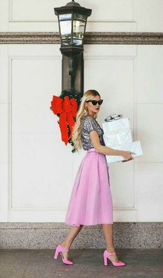 #Christmas Style | Tibi Skirt, HauteLook top | Barefoot Blonde