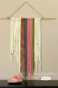 DIY Yarn Wall Hanging It's time to get funky! Bring back the vibe with an updated DIY Yarn Wall Hanging. Creating DIY Home Decor is where it's at! Yarn Wall Art, Yarn Wall Hanging, Diy Wall Art, Wall Hangings, Hanging Banner, Get Funky, Funky Home Decor, Macrame Projects, Art Projects