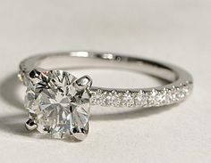 rare confession: if there's a conflict-free diamond version of this, it's my dream engagement ring