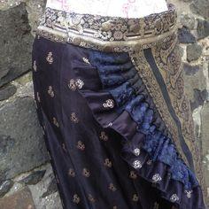 L-XL Night Temple  Long Sari Silk Ruffle Skirt by BaroccoTribal