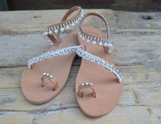 """Νυφικά σανδάλια """"Ευδοκία"""", ελληνικά δερμάτινα σανδάλια, σανδάλια γάμου, υπόλευκα σανδάλια, παπούτσια για γάμο, σανδάλια κρύσταλλα, Bridal Sandals, Wedding Day, Hairstyles, Bride, Beautiful, Shoes, Fashion, Decorated Flip Flops, Manualidades"""