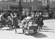 1943-06-20+-+Amsterdam+Joden+deportage Deportatie van joden in de Transvaalbuurt