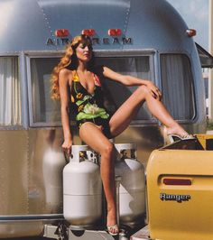 Jerry Hall in #AmericanVogue, by HelmutNewton, 1974