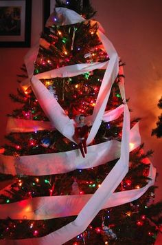 25 Awesomely Fun Elf on the Shelf Ideas! | diycandy.com