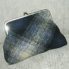 New T Bottom Purse frame - donegal tweed from McNutts http://www.coolcrafting.co.uk/shop/make-me-crafting-kits-2/make-t-bottom-purse-kit/