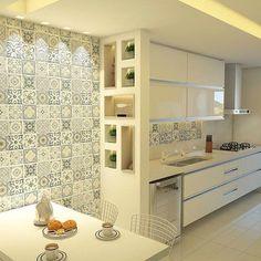Bom dia!  Cozinha clean e linda by @elianahaese.arquitetura. Amei@pontodecor Inspiração via @decoremais Snap:  hi.homeidea  http://ift.tt/23aANCi #bloghomeidea #olioliteam #arquitetura #ambiente #archdecor #archdesign #hi #cozinha #kitchen #arquiteturadeinteriores #home #homedecor #pontodecor #lovedecor #homedesign #instadecor #interiordesign #designdecor #decordesign #decoracao #decoration #love #instagood #decoracaodeinteriores #lovedecor #architecture #archlovers #inspiration #project…