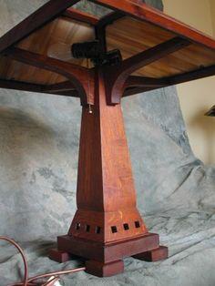 craftsman lampshade - Google Search Craftsman Lamps, Craftsman Lighting, Craftsman Furniture, Craftsman Style Bungalow, Modern Craftsman, Arts And Crafts Furniture, Furniture Projects, I Like Lamp, Mission Style Furniture