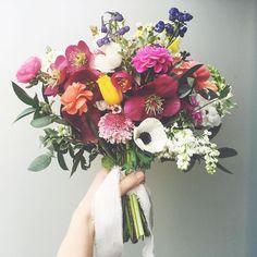 """488 Likes, 4 Comments - Valleybrink Road (@valleybrinkroad) on Instagram: """"To love. 💕 #valleybrinkroad #vbrflowers #weddings #weddingflowers #flowers #blooms #losangeles…"""""""