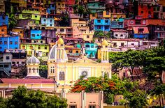 Guayaquil, Ecuador...   I've been to Guayaquil three times without going to Las Peñas. S and I will definitely need to make time for it this winter.