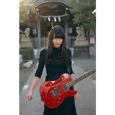 . 「 ROCK & SOUL 」 model: keiko #art #photograph #portrait #model #shot #shooting #girl #fashion #beauty #cool #avantgarde #shrine #guitar #ROCK #SOUL #アート #芸術 #女性 #女子 #ポートレート #撮影 #被写体 #撮影モデル #作品 #写真 #ポトレ #クール #アヴァンギャルド #ギター #神社