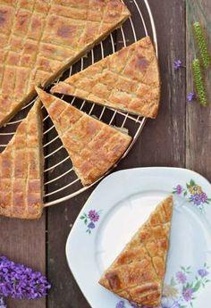Dutch butter cake as grandma made him - Dutch Recipes, Baking Recipes, Sweet Recipes, Cake Recipes, Snack Recipes, Dessert Recipes, Snacks, No Bake Desserts, Delicious Desserts