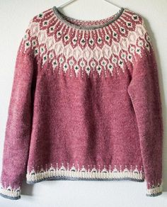 Knitting Patterns Ravelry Inspired by traditional Icelandic circular yoke sweaters, Telja is knit in the round from the bottom… Fair Isle Knitting Patterns, Fair Isle Pattern, Sweater Knitting Patterns, Knit Patterns, Knitting Sweaters, Stitch Patterns, Punto Fair Isle, Icelandic Sweaters, Fair Isles