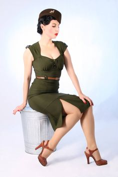 Shop of the Day: Suicide Glam ╰▶ DE - http://pinup-fashion.de/208/suicide-glam/  #retro #retrogirl #retrofashion #vintage #vintagefashion #vintagegirl #rockabilly #rockabillygirl #rockabillyfashion #fashion #cute #dog