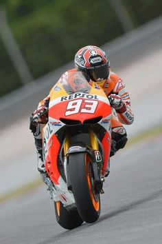 Marc Marquez, Repsol Honda,MotoGP, Sepang Tests 2013 -- my young baby! Marc Marquez, Gp Moto, Moto Bike, Sepang, Motorcycle Racers, Racing Motorcycles, Honda Pilot, Ducati, Yamaha