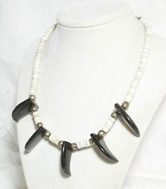 VINTAGE STERLING SILVER WHITE CORAL POLISHED WOOD FAUX CLAW BEAD NECKLACE RARE !  Seller information justinsublime (...