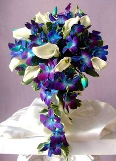 Love purple and teal together..the flowers are an amazing color! @Chantelle Wilson Reicks