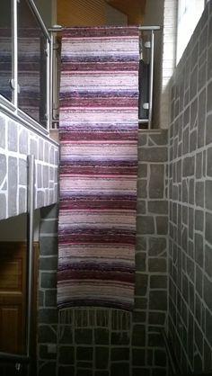 Matto nro1:  Ensimmäinen matto 30 vuoteen omin lempivärein.