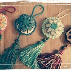 Publicación de Instagram de Nadina Espasandin • 12 Ene, 2017 a las 1:04 UTC Crochet Gifts, Free Crochet, Cross Stitch Embroidery, Hand Embroidery, Diy Backpack, Diy Accessories, Heart Art, Crochet Animals, Easter Crafts