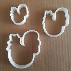 Chicken Shape Cutter. Colour may vary. Medium: approx. 7cm wide x 8.5cm tall x1.5cm deep. Hand wash only. | eBay!