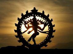 Nataraja at sunset🌅🕉🙏🏻 Shiva Art, Shiva Shakti, Hindu Art, Dance Paintings, Indian Art Paintings, God Pictures, Dance Pictures, Hindu Deities, Hinduism