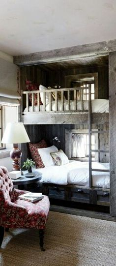 Rustic Bedroom Design Ideas - pictured: The bunk room of a Big Sky, Montana, lodge is partially sheathed in reclaimed corral boards. Markham Roberts Design : canadianloghomes --- pp: love the built-in bunkbeds.each has its own window for daydreaming. Rustic Bunk Beds, Farmhouse Bunk Beds, Wood Bunk Beds, Cozy Cottage, Cottage Ideas, Cozy Cabin, Cottage Style, Guest House Cottage, Tiny Guest House