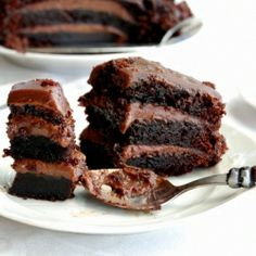 tort eclipsa - layers of chocolate cake and chocolate custard cream Sweet Desserts, Just Desserts, Sweet Recipes, Yummy Recipes, Healthy Recipes, Yummy Snacks, Delicious Desserts, Yummy Food, Sweets