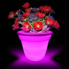 Led Işıklı Saksı sadece 5.90 TL! http://www.hergunyeni.com/led-isikli-saksi-urun783.html