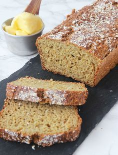 Banana and Walnut Bread - Cake Style Dutch Recipes, Bread Recipes, Irish Soda Bread Recipe, Make Banana Bread, Bread Cake, Peanut Butter Cups, Quick Bread, Sweet Bread, Food And Drink