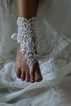 Barefoot Sandals Ivory Foot Jewelry Lace Foot by SubtleExpressions