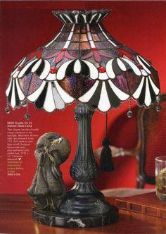 Disney Cruella de vil Stained Glass Lamp Tiffany Style Limited Edition | eBay Disney Stained Glass, Tiffany Stained Glass, Stained Glass Lamps, Leaded Glass, Disney Lamp, Art Deco Lamps, Led Light Fixtures, Disney Designs, Disney Home Decor