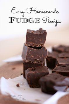 Easy Homemade Fudge Recipe - {i love} my disorganized life