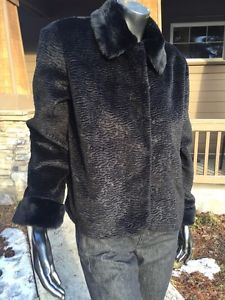 Chico's Women's Size 1 Black Faux Fur Dress Coat Mint Collar Clasps Lined | eBay